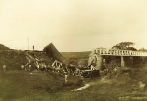 Cachoeira do Sul Grave acidente de trem imediações empresa arrozeira de Ernesto Pertille próximo Estação Jacuí(acervo Eduardo Lacerda) 03-1913