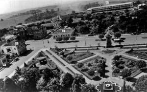 Carazinho Nova Praça Novo ajardinamento da praça e novo Ginásio La Salle(acervo família de Álvaro R Vargas) 1952