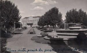 Carazinho Prefeitura e Praça Central(foto Clacir Maria Baú Zamboni-acervo Adriana Zamboni Velho) 1955