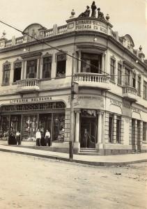 Caxias do Sul Prédio Livraria Saldanha esquina Av Júlio de Castilhos com Rua Visconde de Pelotas