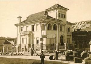 Caxias do Sul Residência da família de Abramo Eberle e Elisa Venzon Eberle. Rua Sinimbu, esquina com Borges de Medeiros déc1940