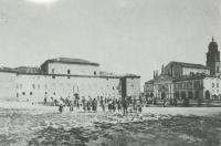 Gualtieri Piazza Bentivoglio fronte ponente 1900-1910